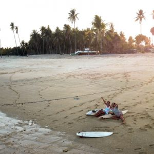 Couples-Surf-300x300